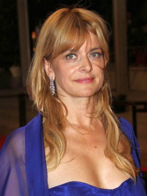 Nastassja Kinski faraway so close
