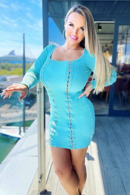 Christina Fox Model